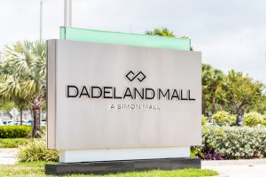 Dadeland Mall sign